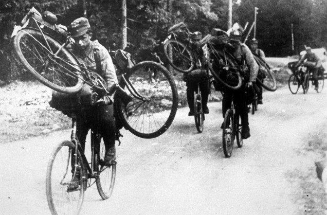 Финский патруль около границы СССР. 1939 г.