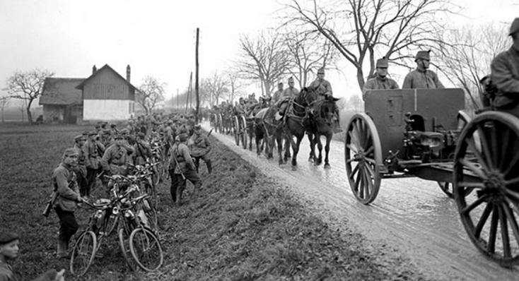Шведские самокатчики. 1914 г.