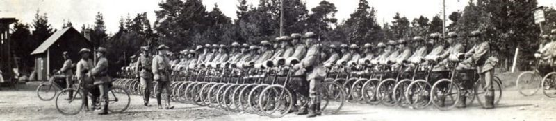 Рота шведских самокатчиков. 1914 г.