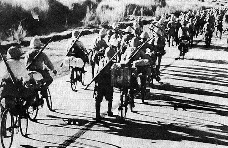 Японские самокатчики на Филиппинах. 1942 г.