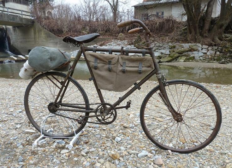 Складной велосипед «Бьянки».