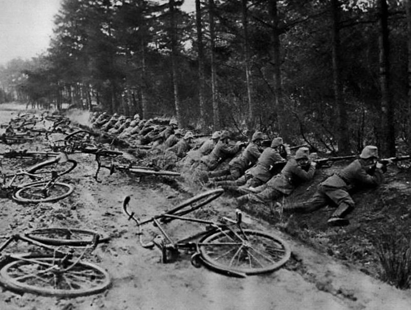 Велосипедный патруль 1914 г.