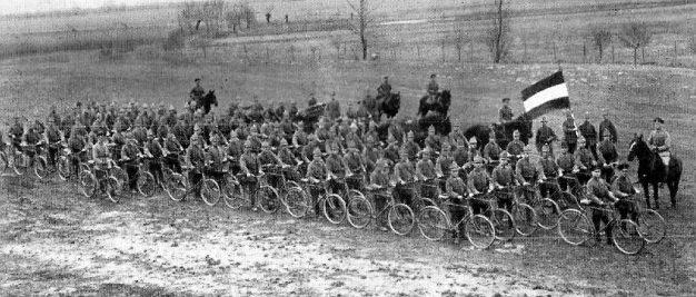 Велосипедный полк на Западном Фронте в 1914 г.