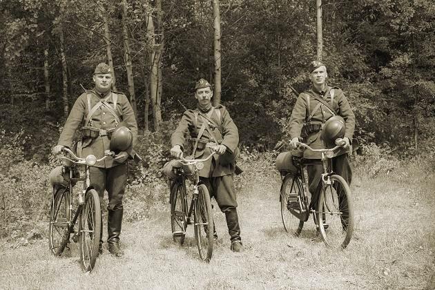 Самокатчики-разведчики. 1939 г.