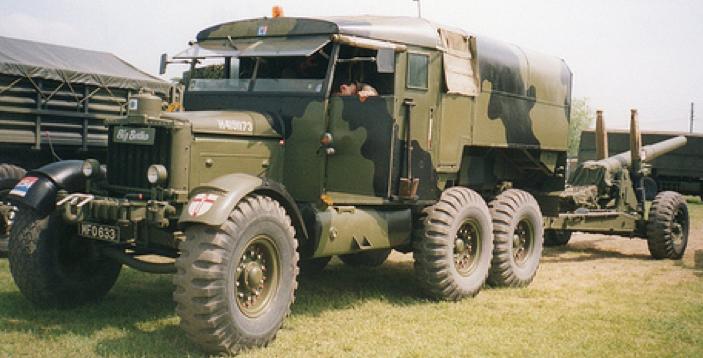 Артиллерийский тягач Scammell Pionee R-100