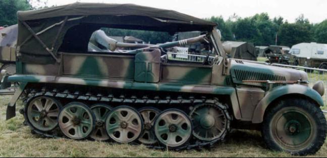 Полугусеничный тягач Sd.Kfz. 10
