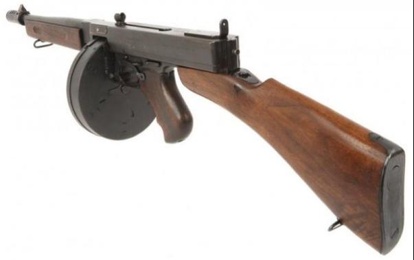 Пистолет-пулемет Thompson М-1928А1 с упрощенным целиком и стволом без оребрения