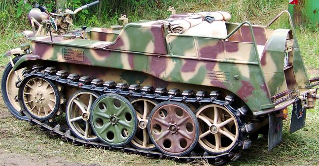 Полугусеничный мотоцикл SdKfz 2 (Kettenkrad HK-101)