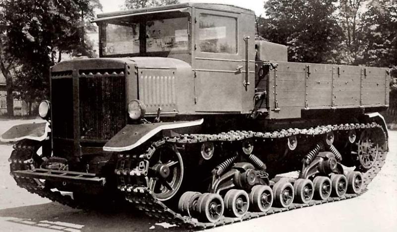 Тяжелый артиллерийский тягач «Ворошиловец»