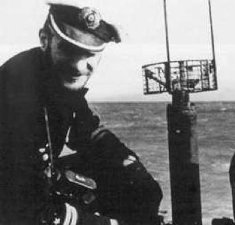 Антенна корабельной РЛС FuG-350a Naxos Ia на подлодке