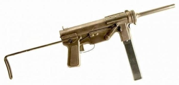 Пистолет-пулемет M-3 с откинутым