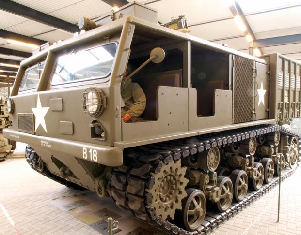 Артиллерийский тягач М-6