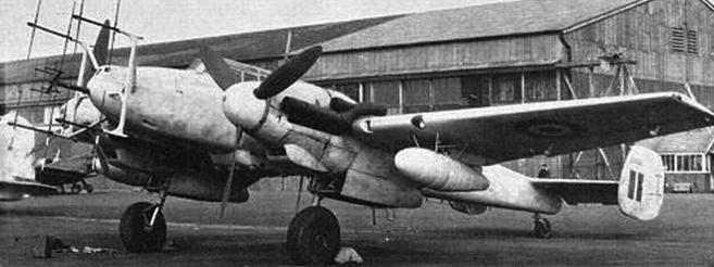 Антенны РЛС FuG-202 на самолете Bf 110 G-4