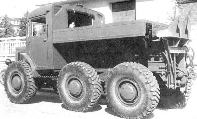 Артиллерийский тягач Laffly S-45T