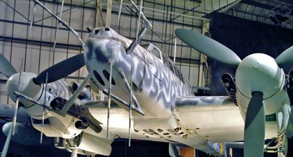 Антенны РЛС FuG-220 на самолете Bf 110 G-4