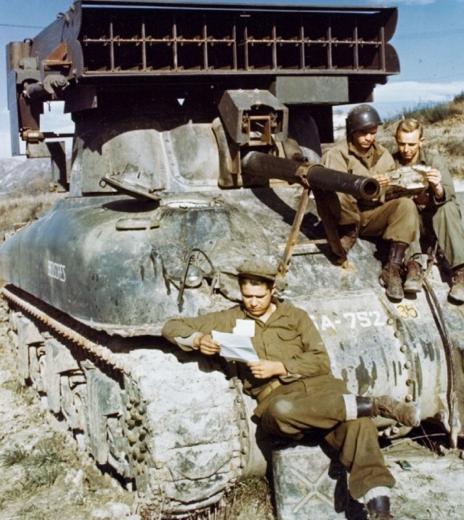 Реактивная пусковая установка T-40 Whiz-bang (M-17)