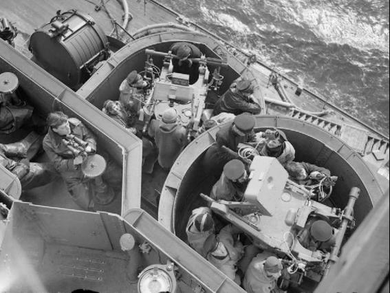 Система ПВО Pom-pom director Mk-IV с РЛС Type 282 на линкоре HMS King George V