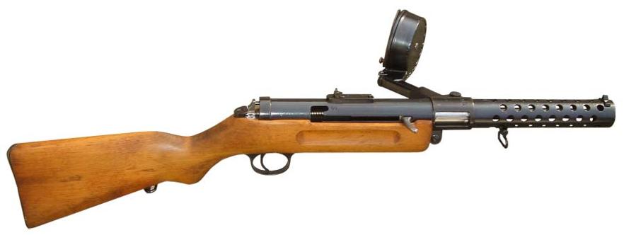 Пистолет-пулемет МР-18.1 с барабанным магазином