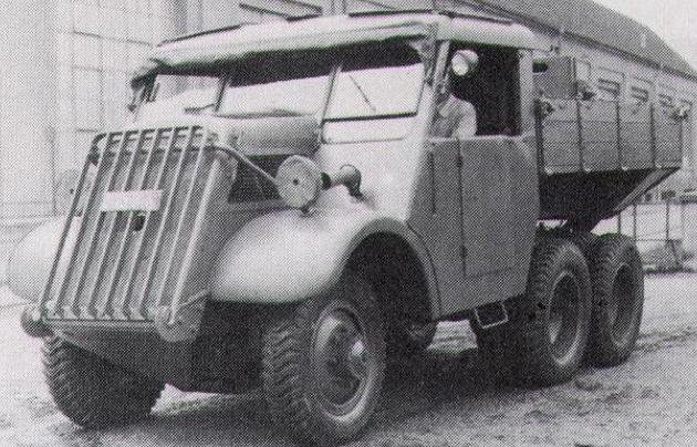 Артиллерийский тягач Austro-Daimler ADAZ