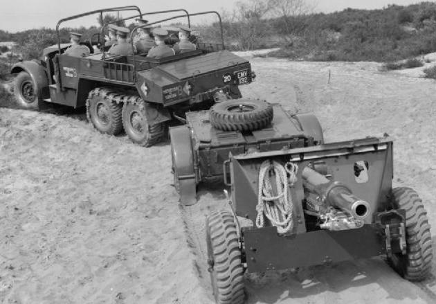 Артиллерийский колесный тягач Morris CDSW
