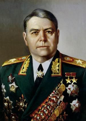 Начальник Генерального штаба (позднее командующий 3-м Белорусским фронтом) Василевский Александр Михайлович получил орден за №2 10.04.1944 года и второй - 19.04.1945 года - за освобождение правобережной Украины и за взятие Кенигсберга, а также освобождение Восточной Пруссии.