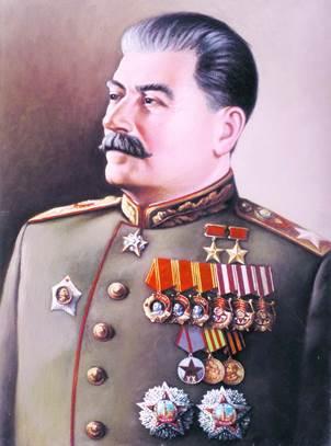 Орден за №3, как всегда, явно не претендуя на первенство, получил Верховный Главнокомандующий Сталин И.В. 29.07.1944 года за освобождение правобережной Украины. И для уравнения счета с маршалами - 26.06.1945 года – второй - за победу над Германией.