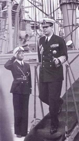 Король Румынии Михай І с орденом «Победа»