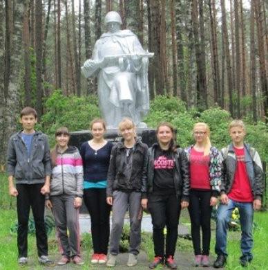 ст. Лесная Барановичского р-на. Памятник узникам лагеря военнопленных № 337