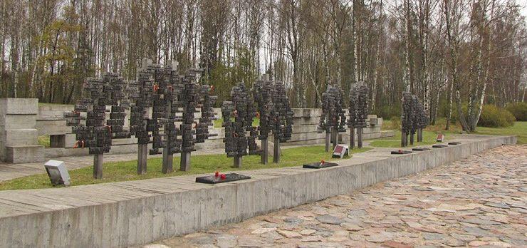 д. Хатынь Логойского р-на. Фрагмент комплекса «Стена памяти возрожденных деревень»