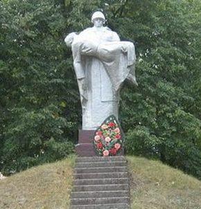 д. Отрадное Любанского р-на. «Воин с убитым на руках»