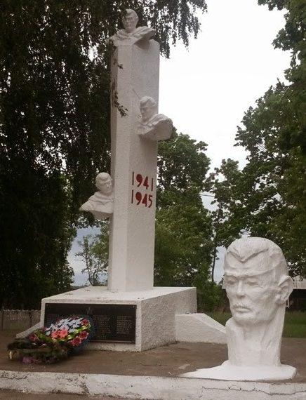 д. Солтановщина Несвижского р-на. Братская могила