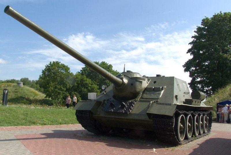 г. Брест. САУ СУ-100. г. Брестская крепость
