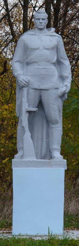 д. Брянчицы Солигорского р-на. Памятник погибшим односельчанам