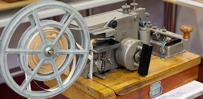 Телеграфный аппарат Морзе