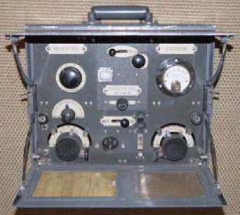 Переносная радиостанция ER-17 Type 1931