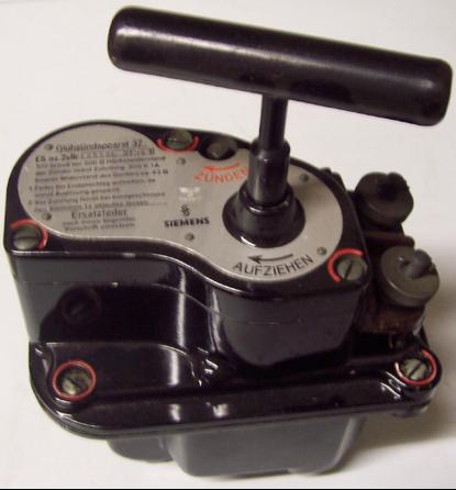 Подрывная машинка М-37 (Glühzündapparat 37)