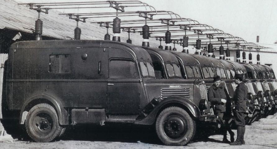 Мобильная радиостанция E.R. 26 ter. в автомобиле