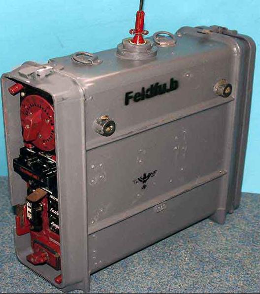 Радиостанция Feldfunksprecher (Feld. Fu)