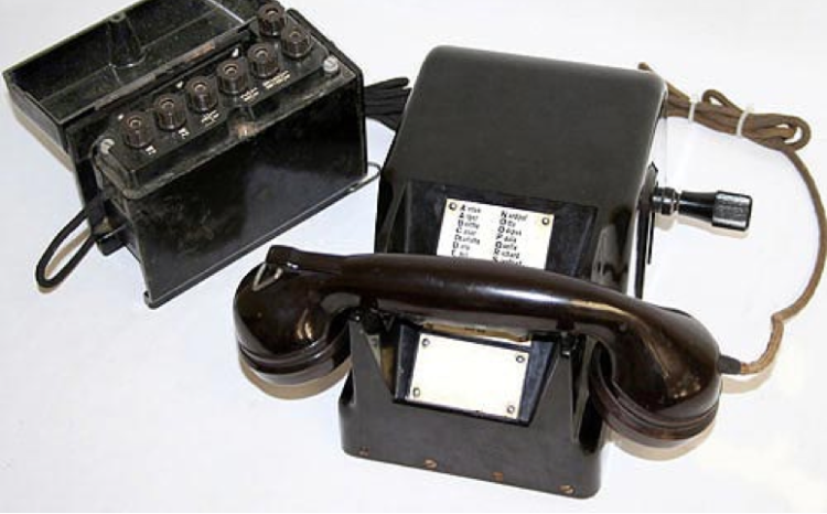 Телефонный аппарат Tischfernsprecher 38 (TF-38)