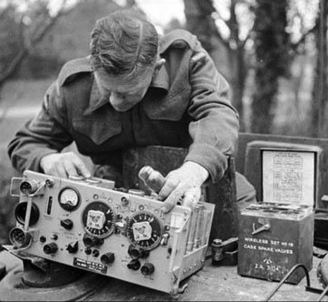 Комплект мобильной радиостанции Wireless Set №19 Mk-I