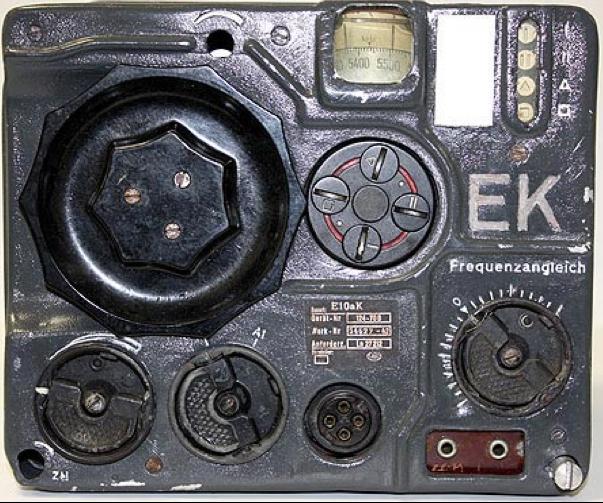 Коротковолновый блок радиостанции FuG-10. Приемник E10aK (EK).