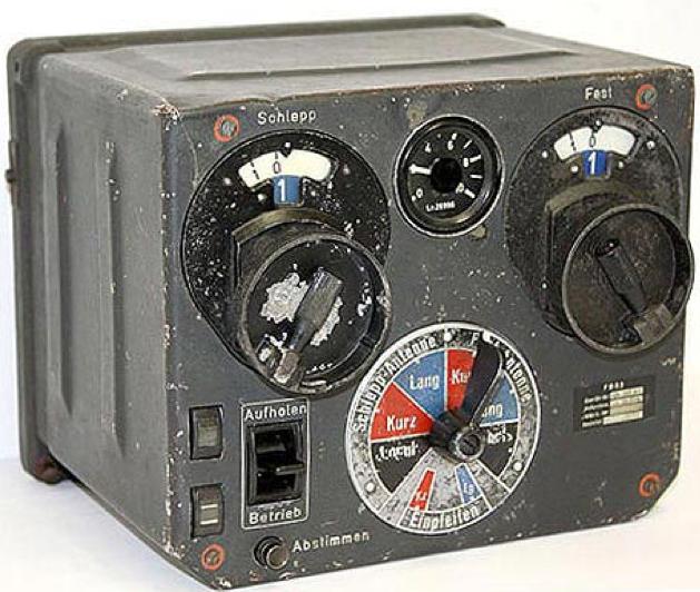Составные части FuG-10. Блок дистанционного переключения и настройки антенн FBG 3.