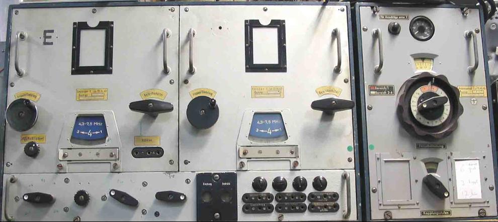 Авиационная радиостанция Lo-70 KL 40.