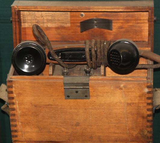 Полевой телефонный аппарат ПФ-1