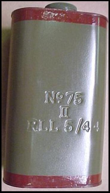 Противотанковая мина-граната №75 Mk-I Hawkins Mine.Справа - Mk-II