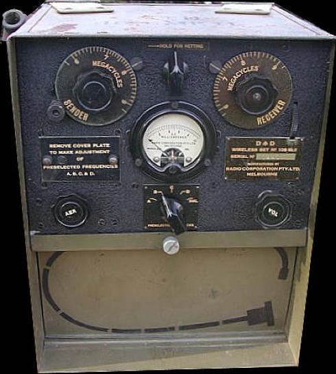 Портативная радиостанция Wireless Set 208 Mk-II