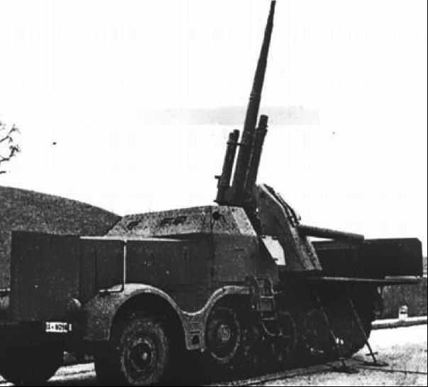 ЗСУ 8.8 cm Flak 37 Sfl. Auf 18 ton Zgkw (Sd Kfz 8(9)