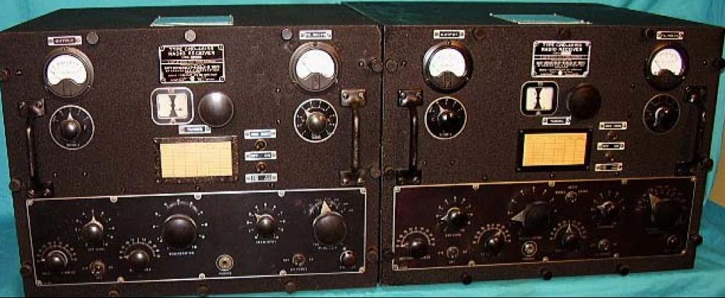 Слева - приемник RAK-7 (КНС-46155). Справа - RAL-7 (КНС-46156)
