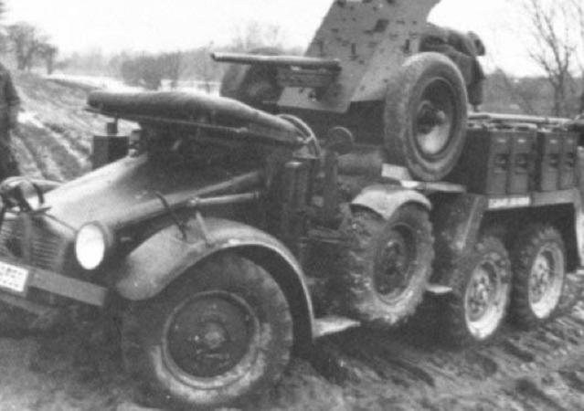 САУ 3,7 PaK-35/36 auf Leichter Geländegängige Lastkraftwagen 1t.