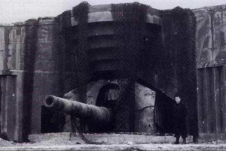 Береговое орудие 28-cm SK L/40 в казематном варианте